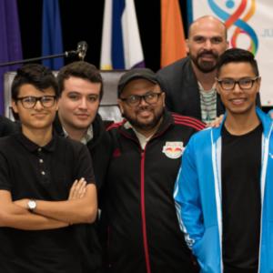 Vida Estudiantil: Fútbol y Natación UCreativa presentes en JUDEUPRI
